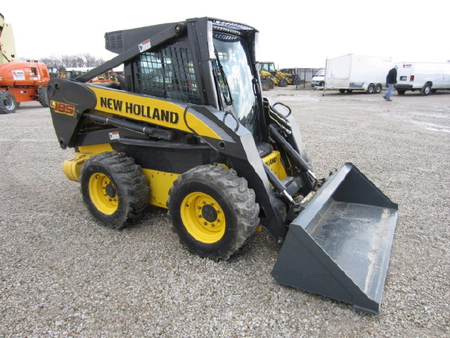 Where to find SKIDSTEER, LOADER 2500 LBS in Lexington